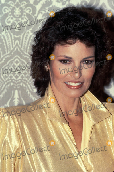 Raquel Welch Photo - Raquel Welch Photo by Globe Photos