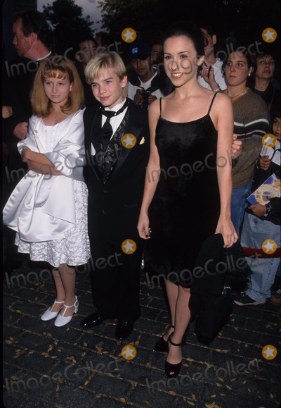 Ashley Young Photo - Lacey Chabert (l)with David Gallagher and Date Ashley Young Star Awards at Nickelodeon Theatre in Universal City Ca 1998 K13981lr Photo by Lisa Rose-Globe Photos Inc