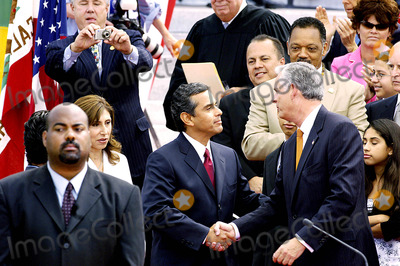 Inauguration Ceremony Photo - City of Los Angeles Inaugural Ceremony For the New Mayor Antonio Villaigosa Held on the South Lawn of City Hall on July 1 2005 Councilman Bernard Parks 8th District Mayor Antonio Villaraigosa and Former Mayor James Hahn