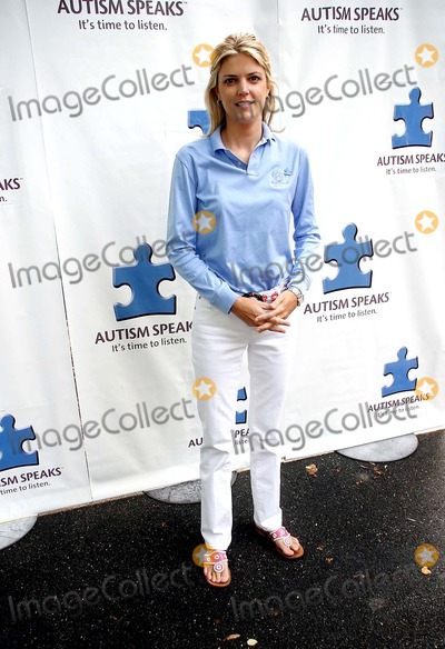 Melissa Stark Photo - First Annual Autism Speaks Golf Classic Deeepdle Golf Club Manhasset Long Island 06-05-2006 Photo Barry Talesnick  Globe Photos Inc 2006 Melissa Stark