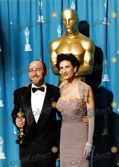 Albert Wolsky Photo - Albert Wolsky and Demi Moore at the Academy Awards 1992 UppaipolGlobe Photos Inc