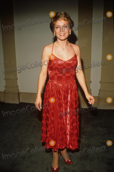 Cathy Rigby Photo - Cathy Rigby 1989 F8082 Photo by Sonia Moskowitz-Globe Photos Inc