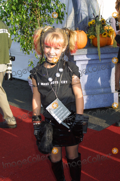 Jenna Boyd Photo - Jenna Boyd K26943eg Dream Halloween Barker Hanger Santa Monica CA October 26 2002 Photo by Ed Geller EgiGlobe Photos Inc