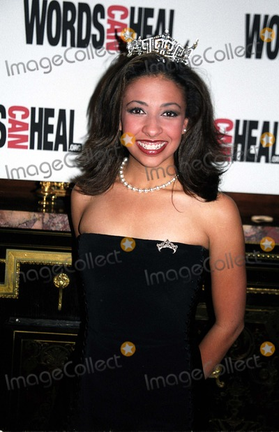 Erika Harold Photo - 1502 New York Words Can Heal Event Honoring Goldie Hawn and Susan Sarandon at St Regis Hotel Photo by Rick MacklerrangefinderGlobe Photos Inc 2002 Erika Harold Miss America