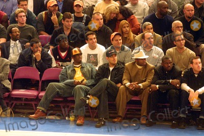 Michael Irving Photo - Knicks Vs Heat Msg NYC 111501 Photo by John BarrettGlobe Photos Inc 2001 P Diddy Carson Daly Deion Sanders  Michael Irving