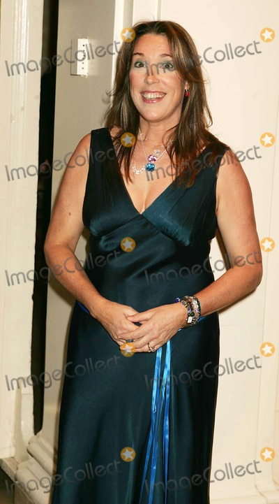 Olivia Newton-John Photo - Tribute to Olivia Newton-john at the  One World One Child  Benefit at the Plaza Hotel in New York City 11112004 Photo Byrick MacklerrangefindersGlobe Photos Inc 2004 Beth Nielsen Chapman