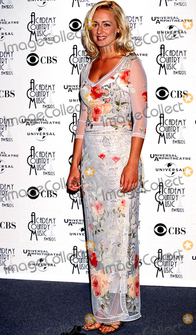 Mindy McCready Photo - 33rd Academy of Country Music Awards Mindy Mccready Photo Lisa Rose  Globe Photos Inc