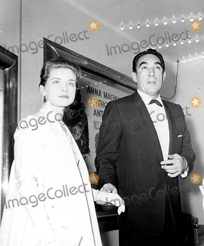 Anthony Quinn Photo - Dolores Hart and Anthony Quinn Photo  Globe Photos Inc Doloreshartretro A423-