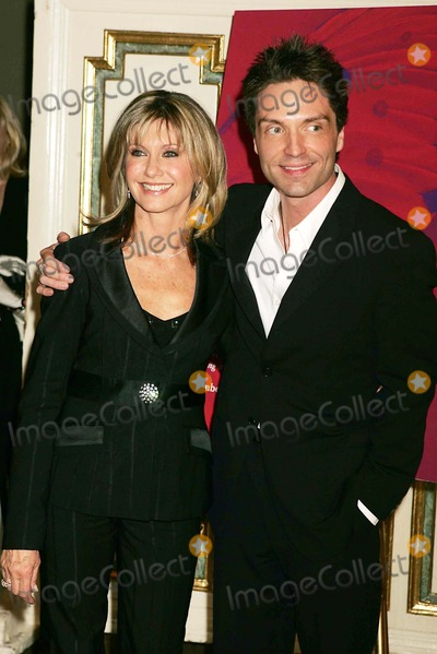 Olivia Newton-John Photo - Tribute to Olivia Newton-john at the  One World One Child  Benefit at the Plaza Hotel in New York City 11112004 Photo Byrick MacklerrangefindersGlobe Photos Inc 2004 Olivia Newton-john and Richard Marx