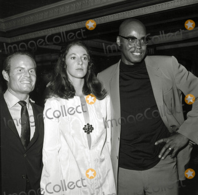 Alexander Jones Photo - Richard Zanuck Jane Alexander James Earl Jones Great White Hope Party Photo Nate CutlerGlobe Photos Inc