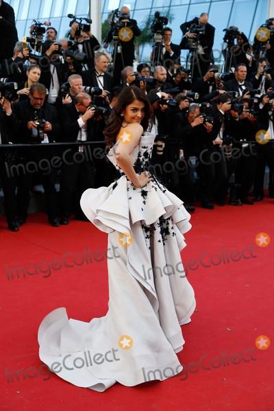 Aishwarya Rai Bachchan Photo - Aishwarya Rai Bachchan Premiere Youth Cannes Film Festival 2015 Cannes France May 20 2015 Roger Harvey