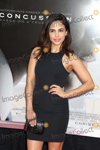 Azita Ghanizada Photo - Azita Ghanizada at Screening Ofconcussion at Amc Loews Lincoln Square 12-16-2015 John BarrettGlobe Photos