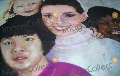 Audrey hepburn pictures and photos for Audrey hepburn mural los angeles