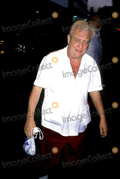 Rodney Dangerfield Photo - Rodney Dangerfield Photo ByermamichelsonGlobe Photos Inc Rodneydangerfieldretro