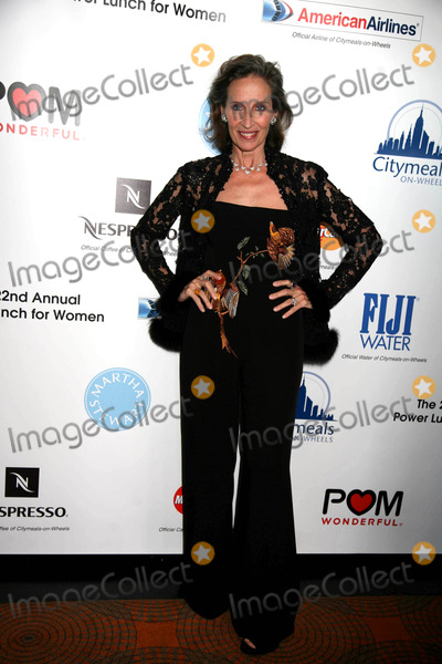 Andrea Marcovicci Photo - City Meals on Wheels 22nd Annual Power Lunch For Women the Rainbow Room Rockefeller Center NYC November 21 08 Photos by Sonia Moskowitz Globe Photosinc 2008 Andrea Marcovicci