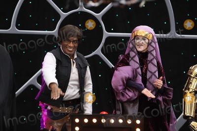 AL ROCKER Photo - AL Rocker Natalie Morales Halloween on NBC Today Show on Rockfeller Plaza 10-30-09 Photos by John Barrett-Globe Photosinc2009