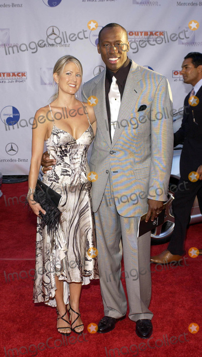 Al Joyner Photo - 6th Annual Mercedes Benz Designcure at the Home of Sugar Ray Leonard in Pacific Palisades California 07102004 Photo by Valerie GoodloeGlobe Photos Inc 2004 AL Joyner and Wife Alicia