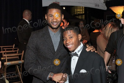 Carlon Jeffery Photo - Usher Raymond Carlon Jeffery Attend Uncf an Evening of Stars 2012 1st December 2012 at the Pasadena Convention Center PasadenacaliforniausaphototleopoldGlobe Photos