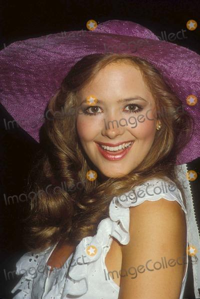 Janine Turner Photo - Janine Turner 01-1982  12314 Photo by Phil Roach-ipol-Globe Photos Inc