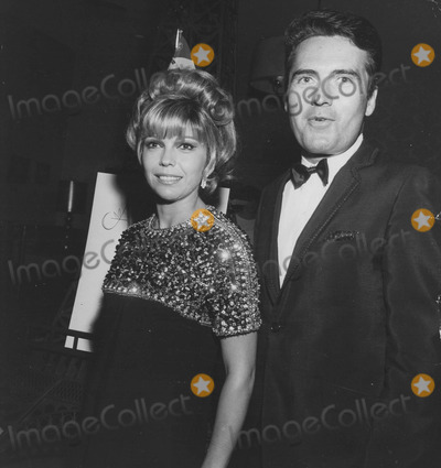 Nancy Sinatra Photo - Nancy Sinatra Ron joysupplied by Globe Photos Inc