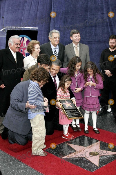 Vicente Fernandez Photo - JOHNNY GRANT VICENTE FERNANDEZ AND WIFE  ALEJANDRO FERNANDEZ JR AND ALL HIS CHILDREN AND  PLACIDO DOMINGO AND LERON GUBLER -ALEJANDRO FERNANDEZ JR IS HONORED WITH THE 2296TH STAR ON THE HOLLYWOOD WALK OF FAME -6160 HOLLYWOOD BOULEVARD HOLLYWOOD CALIFORNIA - 12-02-2005 -PHOTO BY NINA PROMMERGLOBE PHOTOS INC 2005K45867NP