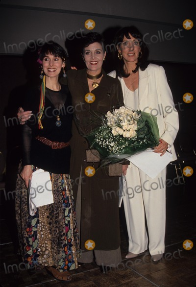Anna Stuart Photo - Anna Stuart with Linda Dano and Victoria Wyndham at Another World Cast Fan Club Gathering 1994 L8101eg Photo by Ed Geller-Globe Photos Inc