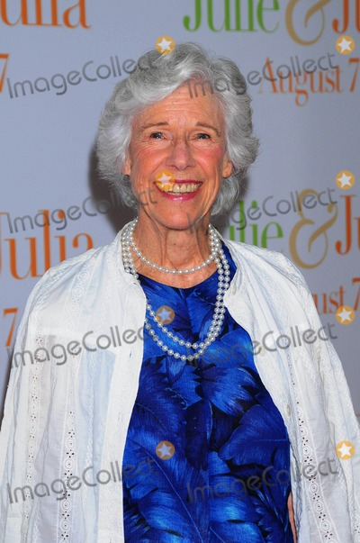 ANDRE COINTREAU Photo - at the Premiere of Julie  Julia at the Ziegfeld Theater in New York City on 07-30-2009 Photo by Ken Babolcsay-ipol-Globe Photos Inc Frances Sternhagen