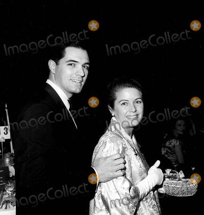 John Gavin Photo - John Gavin with Cindy Gavin 1962 Photo by Globe Photos Inc