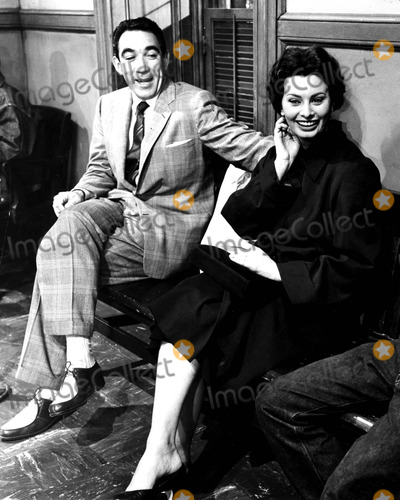 Anthony Quinn Photo - Anthony Quinn and Sophia Loren SmpGlobe Photos Inc Sophialorenretro