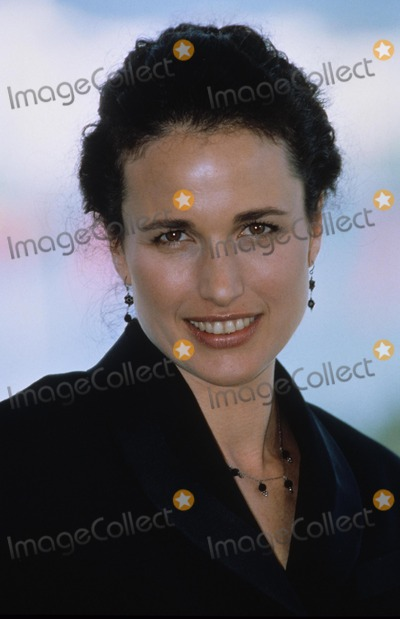 Andie Macdowell Photo - Andie Macdowell at the 1995 Cannes Film Festival K1680 Supplied by Globe Photos Inc