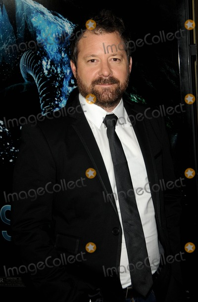Alister Grierson Photo - Alister Grierson attending the World Premiere of Sanctum Held at the Manns Chinese 6 Theatre in Hollywood California on 13111 photo by D Long- Globe Photos Inc 2011alister