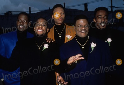 Ralph Tresvant Photo - Johnny Gill with Bbd and Ralph Tresvant 1994 7496lr American Music Awards Photo by Lisa Rose-Globe Photos Inc