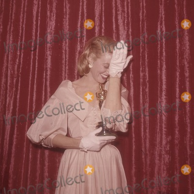 Dorothy Malone Photo - Dorothy Malone K6385 Supplied by Globe Photos Inc