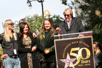 Alex Orbi Orbison Photo - I14552CHW  Rock And Roll Legend Roy Orbison Honored Posthumously With Star On The Hollywood Walk Of Fame 1750 N Vine At Capitol Records Hollywood CA01292010  T BONE BURNETT POSING WITH BARBARA ORBISON ALEX ORBI ORBISON AND ORBISON FAMILY MEMBERS  Photo Clinton H Wallace-Photomundo-Globe Photos Inc 2010  I15100CHW