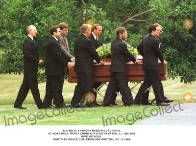 Lee Radziwill Photo - Anthony Radziwill Funeral Service Most Holy Trinity Church East Hampton Li (813) Lee Radziwill with Daughter in Law Carole Radziwill (anthonys Widow) and Herb Ross Bruce Cotler Globe Photos Inc