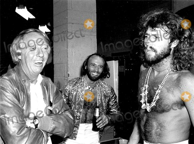 The Bee GEES Photo - The Bee Gees Maurice and Barry Gibb with Stigwood 1979 Bob ShermanGlobe Photos Inc Mauricegibbretro
