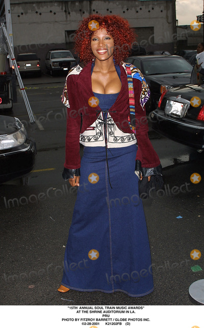 Train Photo - 15th Annual Soul Train Music Awards at the Shrine Auditorium in LA Pru Photo by Fitzroy Barrett  Globe Photos Inc 2-28-2001 K21202fb (D)