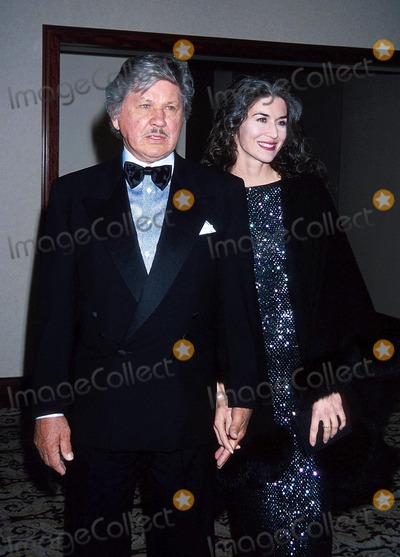 Kim Weeks Photo - 1994 Leukemia Society Charles Bronson_kim Weeks Photo by Michael FergusonGlobe Photosinc Charlesbronsonretro