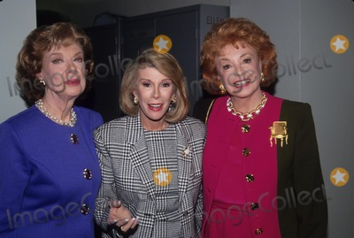 Joan Rivers Photo - Audrey Meadows with Joan Rivers and Joyce Randolph 1992 L4159 Photo by Cp-Globe Photos Inc