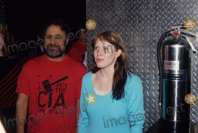 Abbie Hoffman Photo - Abbie Hoffman with Amy Carter F3953 Photo by John Barrett-Globe Photos Inc