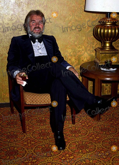 Kenny Rogers Photo - Kenny Rogers 1978 10636 Photo by Phil Roach-ipol-Globe Photos Inc