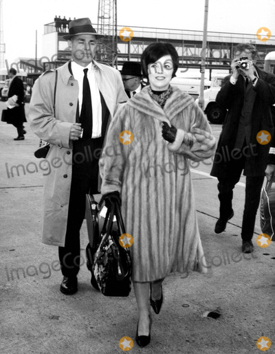 Shirley Temple Black Photo - Shirley Temple Black and Husband Charles Black at the London Airport 3191965 Supplied by Globe Photos Inc