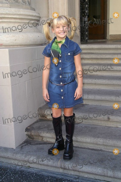 Jenna Boyd Photo - Jenna Boyd Tuck Everlasting - Premiere El Capitan Theater Hollywood CA October 5 2002 Photo by Nina PrommerGlobe Photos Inc 2002