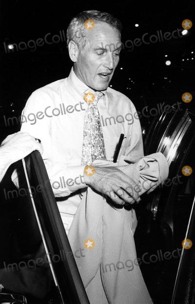 Lena Horne Photo - Paul Newman at Lena Hornes Show on Broadway 7221981 John BarrettGlobe Photos Inc Paulnewmanretro