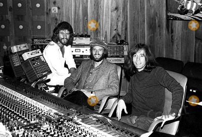 Bee Gees Photo - The Bee Gees Barry Maurice and Robin Gibb 1979 Bob ShermanGlobe Photos Inc Beegeesretro