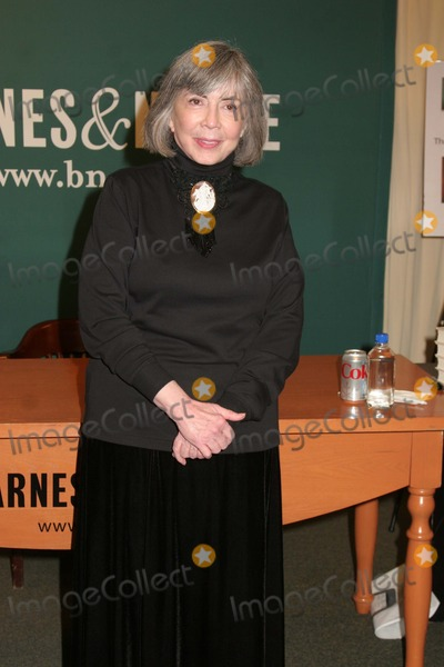 Ann Rice Photo - Anne Rice Signs Copies of Her Book at Barnes  Noble in NYC 2162012 Photo by Paul SchmulbachGlobe Photos Inc