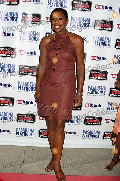 August Wilson Photo - Pasadena Playhouse Presents the Opening of August Wilsons Fences the Pasadena Playhouse Pasadena CA 09-01-2006 Dawnn Lewis Photo Clinton H Wallace-photomundo-Globe Photos Inc