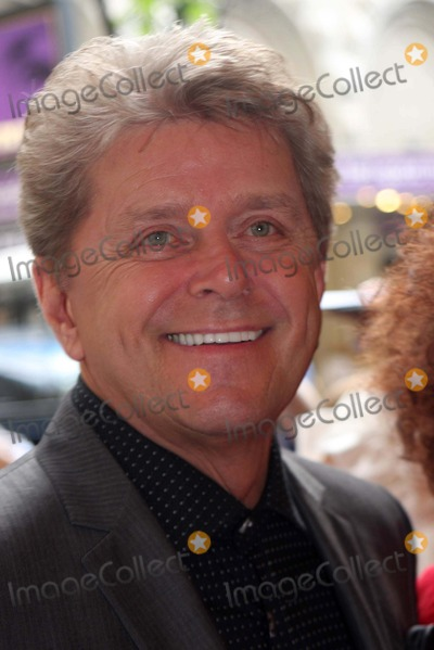 Peter Cetera Photo - Annual Songwriters Hall of Fame Ceremony the New York Marriott Marquis New York City 06-17-2010 Photo by Barry Talesnick-ipol-Globe Photos Inc 2010 Peter Cetera