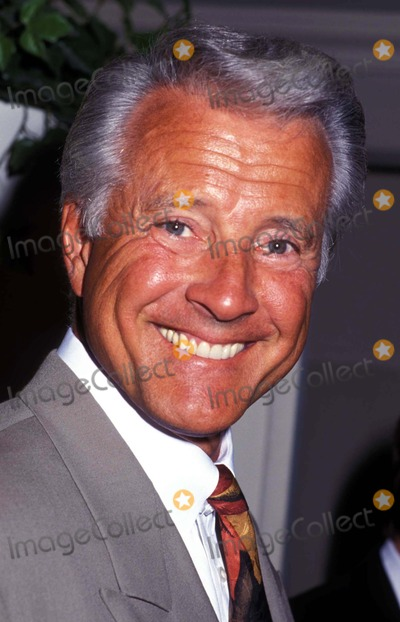 lyle waggoner brother