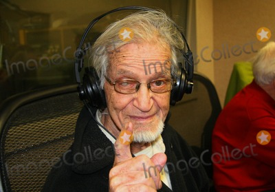 Irwin Corey Photo - Guests on the Joey Reynolds Show in New York City 10-30-2009 Photo by Mark Kasner-Globe Photos Inc Irwin Corey